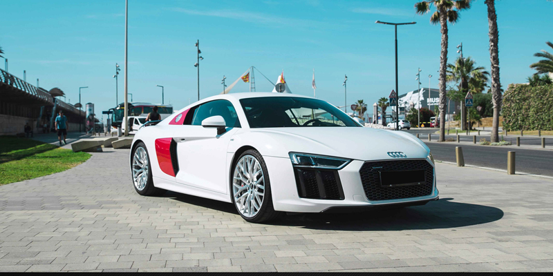 Audi R8 V10 Plus Super Sport Car